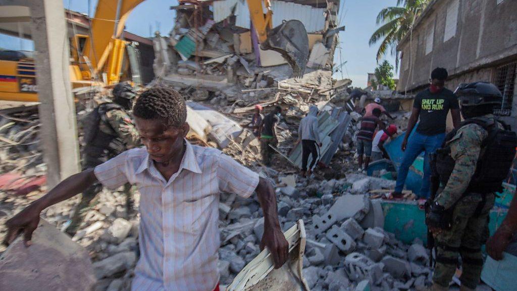 SOS: Terrible Catástrofe en Haití